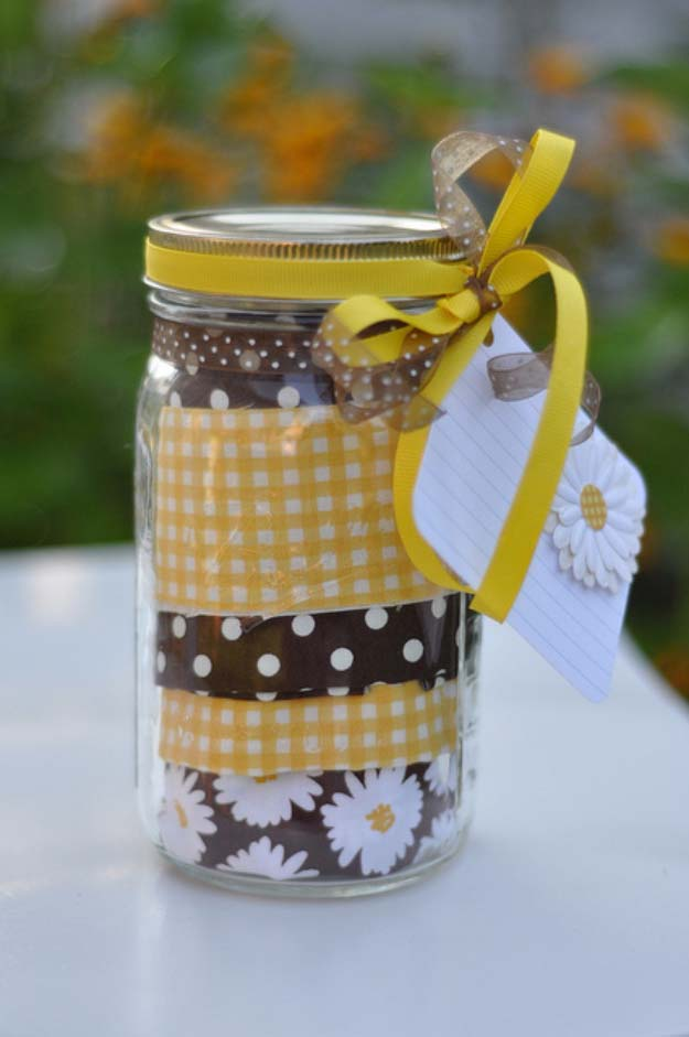 Homemade DIY Gifts in A Jar | Best Mason Jar Cookie Mixes and Recipes, Alcohol Mixers | Fun Gift Ideas for Men, Women, Teens, Kids, Teacher, Mom. Christmas, Holiday, Birthday and Easy Last Minute Gifts | Apron in a Jar Gift Idea for the Folks Who Loves to Cook | http://diyjoy.com/diy-gifts-in-a-jar