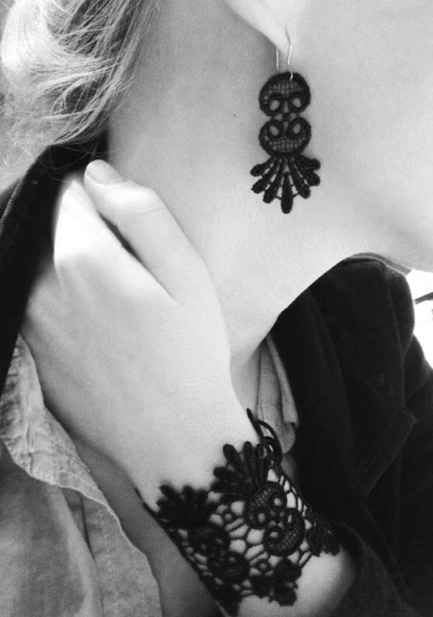 DIY Crafts You Can Make with Lace | Cool DIY Ideas for Fashion, Decor, Gifts, Jewelry and Home Accessories Made With Lace | Black Lace Accessories | http://diyjoy.com/diy-crafts-ideas-with-lace