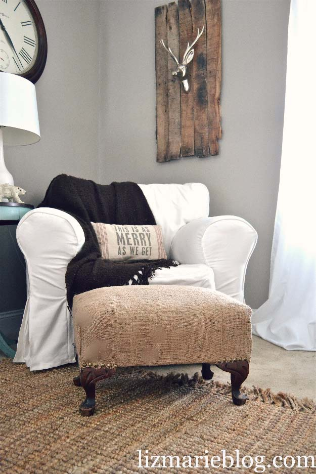 DIY Projects with Burlap and Creative Burlap Crafts for Home Decor, Gifts and More | Burlap Ottoman