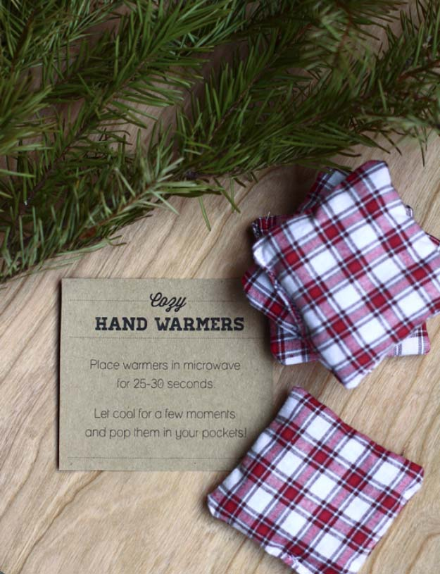 DIY Gifts For Men | Awesome Ideas for Your Boyfriend, Husband, Dad - Father , Brother Cool Homemade DIY Crafts Men Love to Receive for Christmas, Birthdays, Anniversaries and Valentine's Day | Cozy hand warmers #diygifts #diyideas #crafts