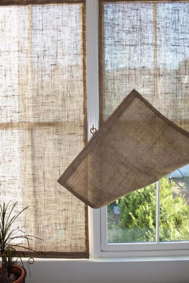 DIY Projects with Burlap and Creative Burlap Crafts for Home Decor, Gifts and More | DIY Burlap Shades