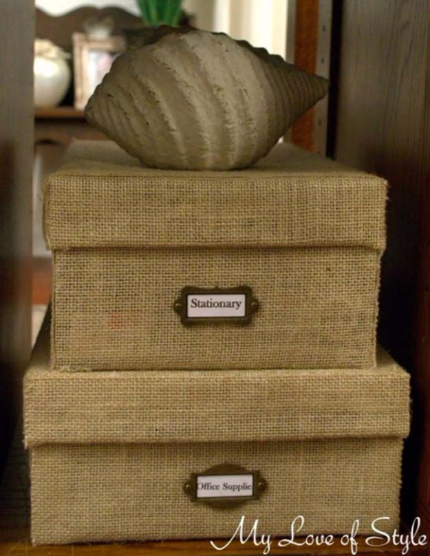 DIY Projects with Burlap and Creative Burlap Crafts for Home Decor, Gifts and More | DIY Burlap Storage Box