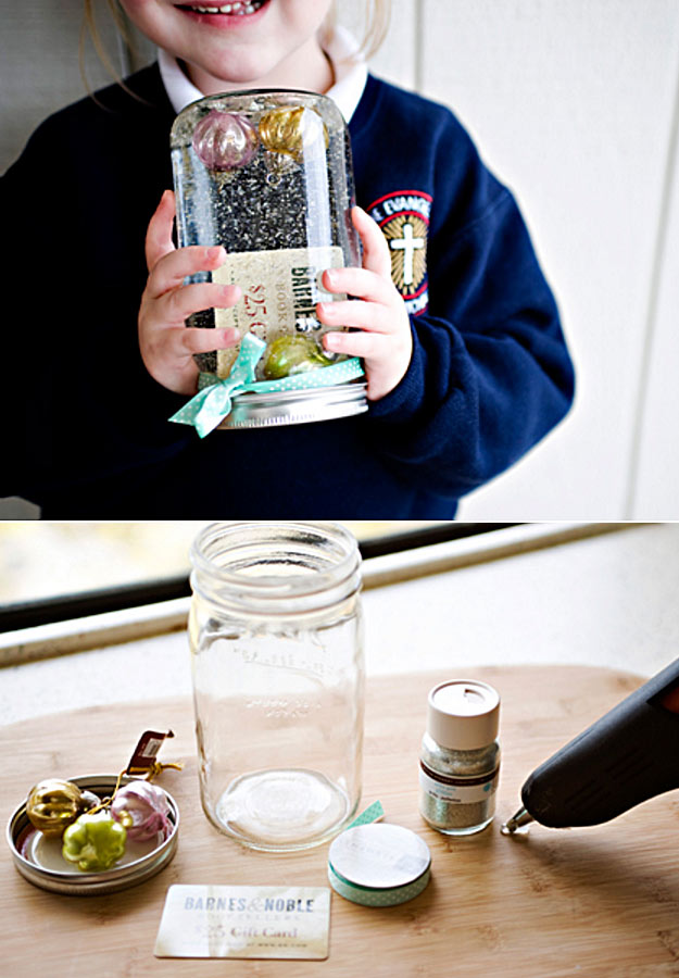 Homemade DIY Gifts in A Jar | Best Mason Jar Cookie Mixes and Recipes, Alcohol Mixers | Fun Gift Ideas for Men, Women, Teens, Kids, Teacher, Mom. Christmas, Holiday, Birthday and Easy Last Minute Gifts | DIY Gift Card Snow Globe in a Jar | http://diyjoy.com/diy-gifts-in-a-jar