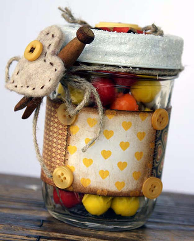 Homemade DIY Gifts in A Jar | Best Mason Jar Cookie Mixes and Recipes, Alcohol Mixers | Fun Gift Ideas for Men, Women, Teens, Kids, Teacher, Mom. Christmas, Holiday, Birthday and Easy Last Minute Gifts | Goody Gum Drop Gift Jar | http://diyjoy.com/diy-gifts-in-a-jar