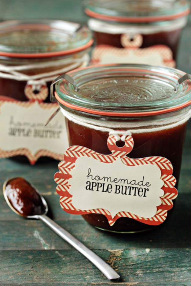 Homemade DIY Gifts in A Jar | Best Mason Jar Cookie Mixes and Recipes, Alcohol Mixers | Fun Gift Ideas for Men, Women, Teens, Kids, Teacher, Mom. Christmas, Holiday, Birthday and Easy Last Minute Gifts | Home Made Apple Butter Gift in a jar for Sweet Tooth #diy