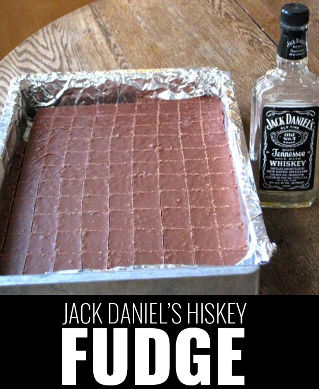 Fun DIY Ideas Made With Jack Daniels - Recipes, Projects and Crafts With The Bottle, Everything From Lamps and Decorations to Fudge and Cupcakes | Jack Daniels Hiskey Fudge #diy #jackdaniels #recipes #crafts