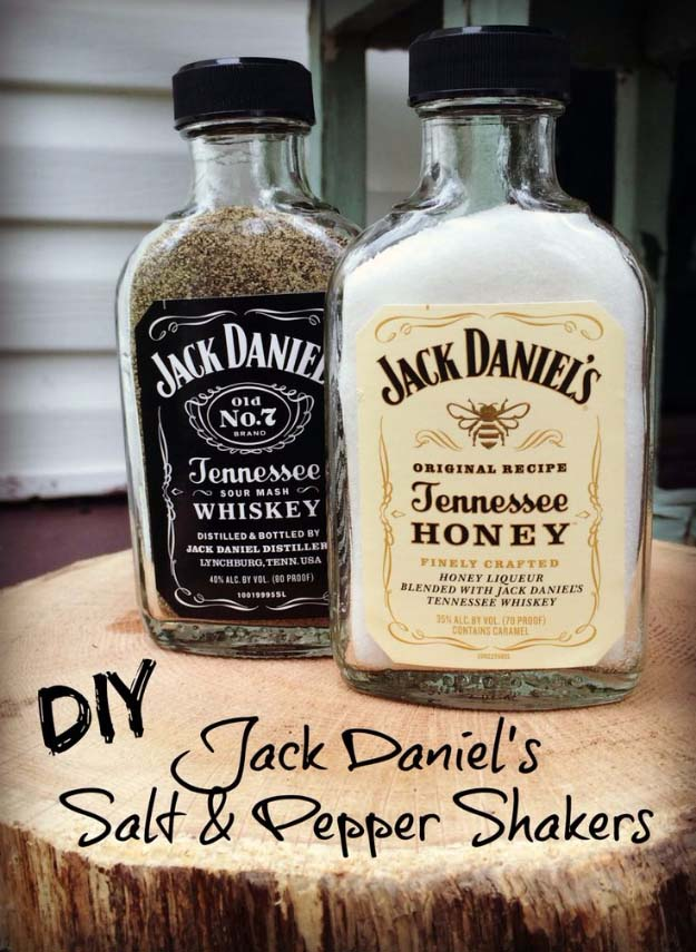 Fun DIY Ideas Made With Jack Daniels - Recipes, Projects and Crafts With The Bottle, Everything From Lamps and Decorations to Fudge and Cupcakes | Jack Daniels Salt and Pepper Shakers #diy #jackdaniels #recipes #crafts