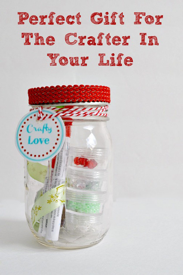 Christmas gift ideas with mason jars