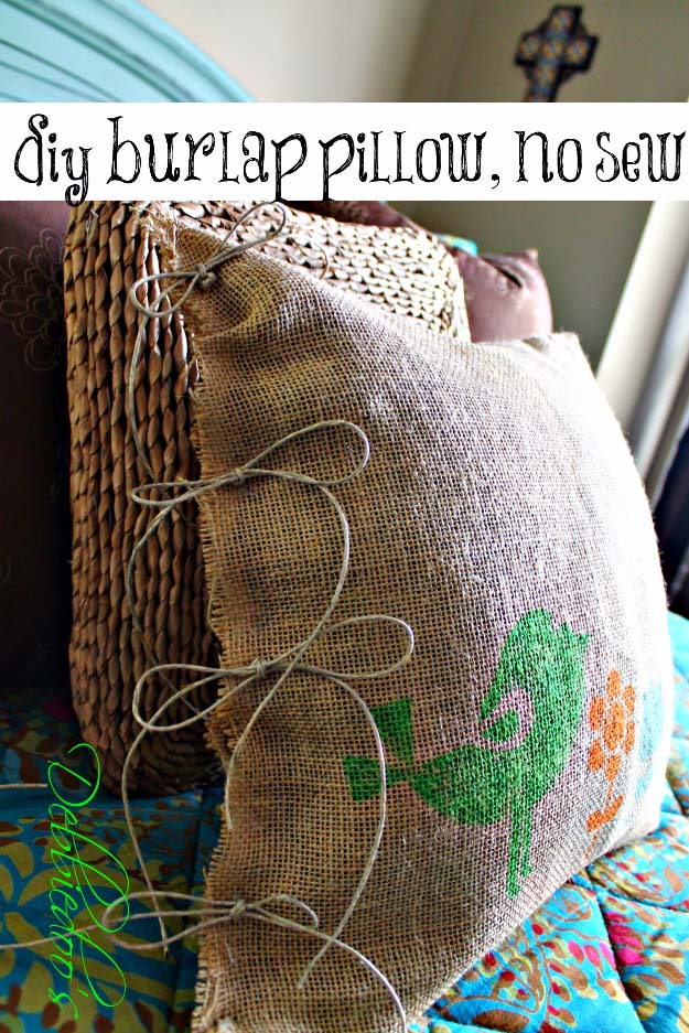 DIY Projects with Burlap and Creative Burlap Crafts for Home Decor, Gifts and More | No Sew Burlap Pillow Stenciled with Fabric Markers