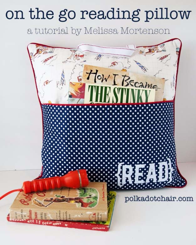 DIY Gifts for Your Parents | Cool and Easy Homemade Gift Ideas That Mom and Dad Will Love | Creative Christmas Gifts for Parents With Step by Step Instructions | Crafts and DIY Projects by DIY JOY | On The Go Reading Pillow #diy #diygifts #christmasgifts