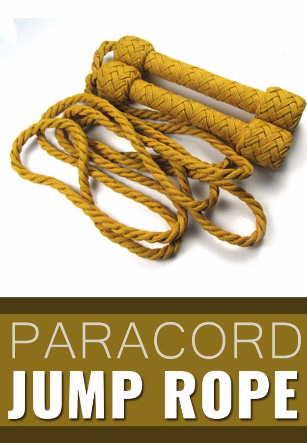 Awesome Crafts for Men and Manly DIY Project Ideas Guys Love - Fun Gifts, Manly Decor, Games and Gear. Tutorials for Creative Projects to Make This Weekend | Paracord Jump Rope #diy #craftsformen #guys #giftsformen
