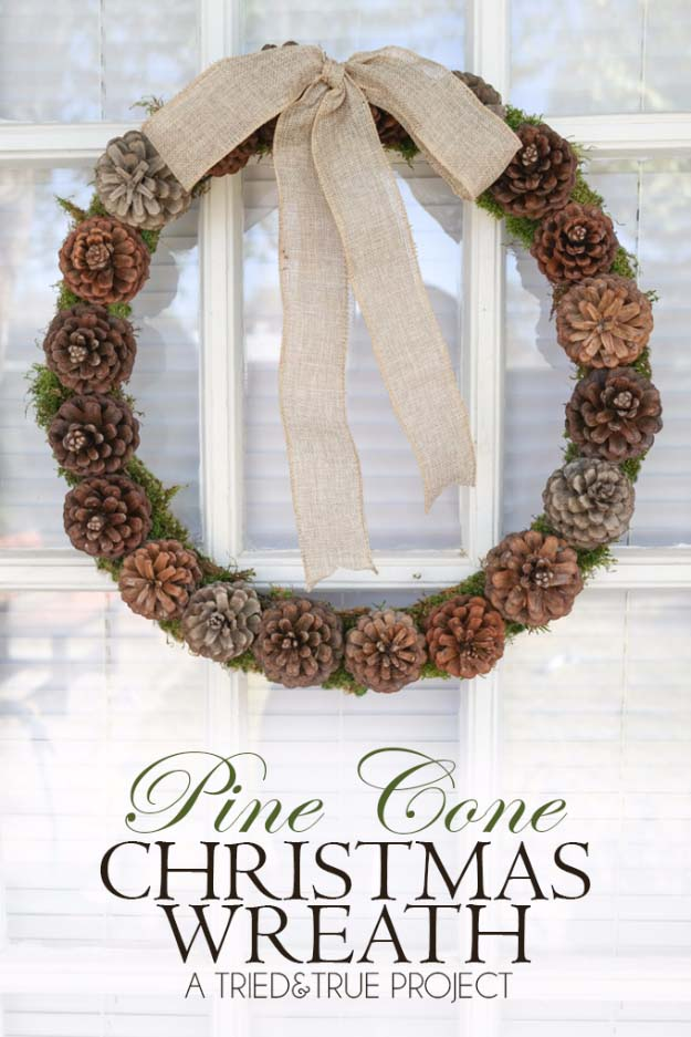 DIY Holiday Wreaths Make Awesome Homemade Christmas Decorations for Your Front Door | Cool Crafts and DIY Projects by DIY JOY | Pine Cone Christmas Wreath #diy