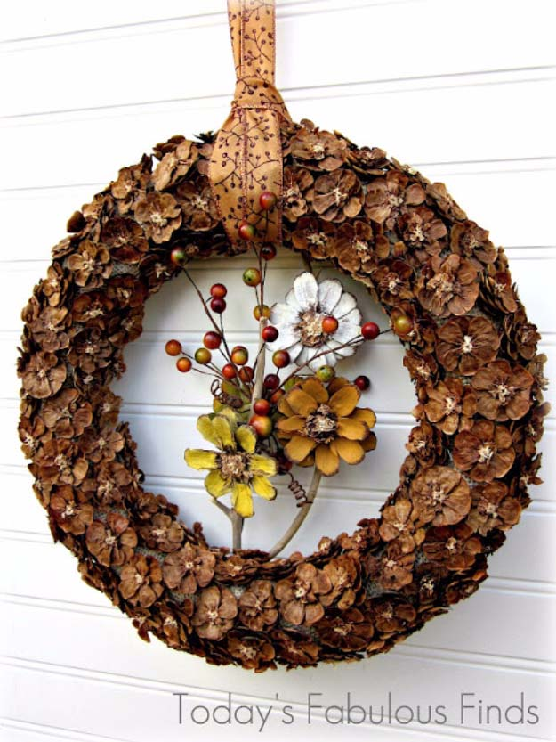 DIY Holiday Wreaths Make Awesome Homemade Christmas Decorations for Your Front Door | Cool Crafts and DIY Projects by DIY JOY | Pine Cone Flower Wreath #diy