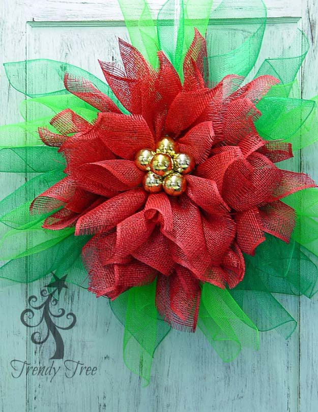 DIY Holiday Wreaths Make Awesome Homemade Christmas Decorations for Your Front Door | Cool Crafts and DIY Projects by DIY JOY | Poinsettia Wreath #diy