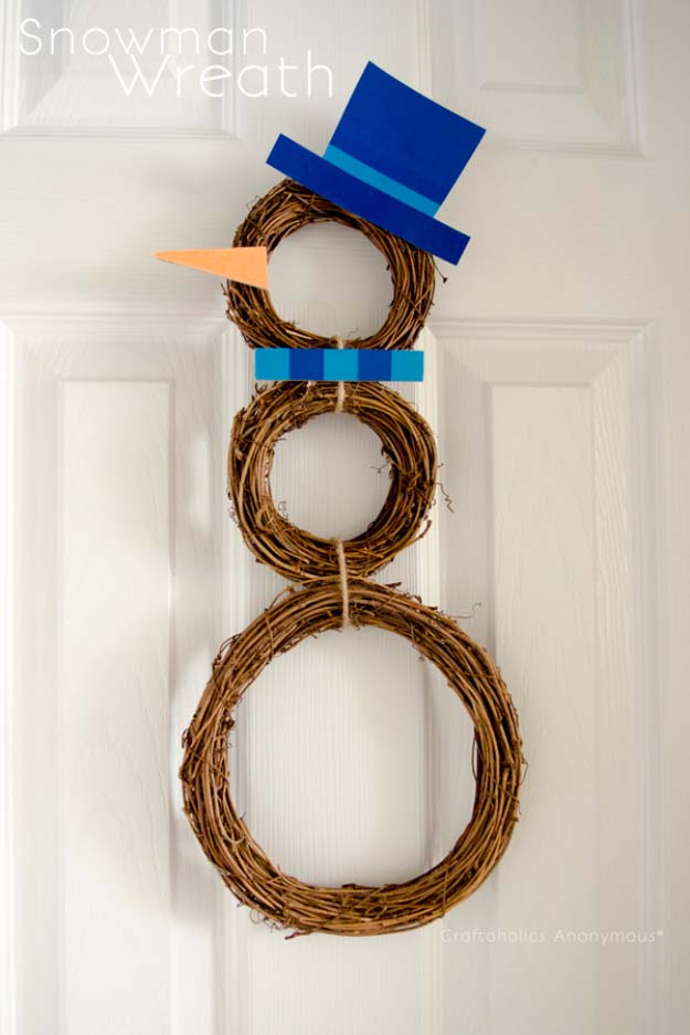 DIY Holiday Wreaths Make Awesome Homemade Christmas Decorations for Your Front Door   Cool Crafts and DIY Projects by DIY JOY   Snowman Wreath #diy