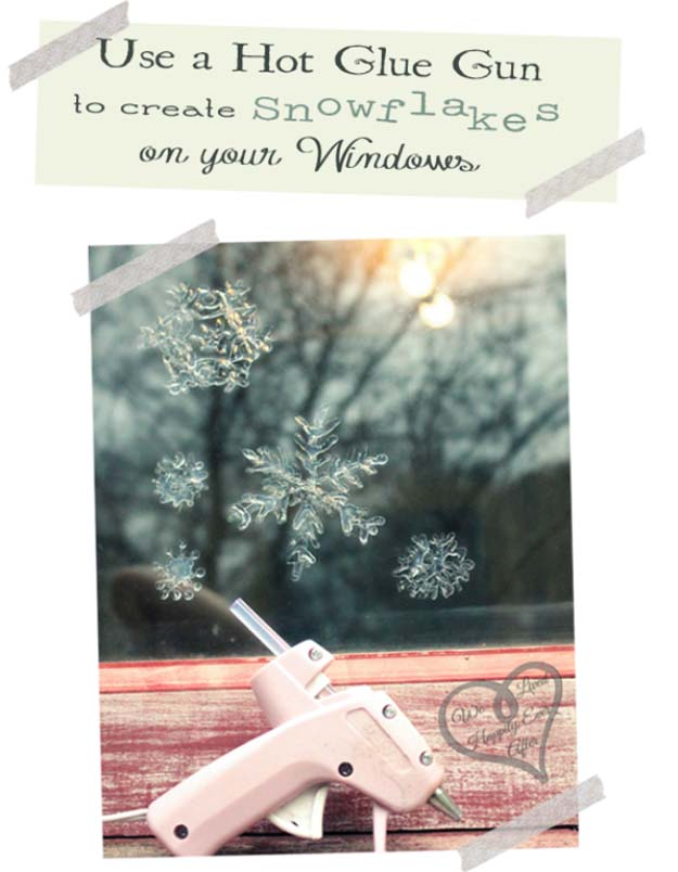 Awesome DIY Christmas Home Decorations and Homemade Holiday Decor Ideas - Quick and Easy Decorating ideas, cool ornaments, home decor crafts and fun Christmas stuff  | Crafts and DIY projects by DIY Joy  |  Window Snowflakes with Hot Glue  |  http://diyjoy.com/diy-christmas-decor-holiday-decorations