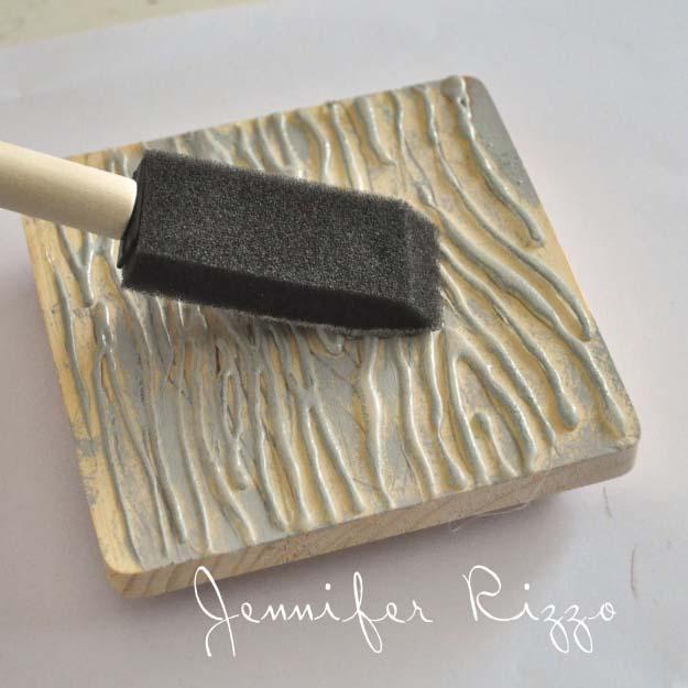 Glue Gun Crafts DIY | Best Hot Glue Gun Crafts, DIY Projects and Arts and Crafts Ideas Using Glue Gun Sticks | Wood Grain Stamp #diy #crafts #gluegun