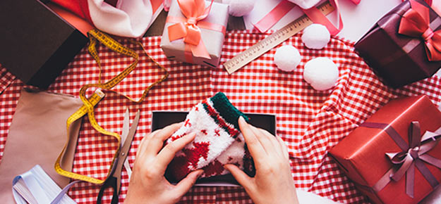 DIY Gifts for Christmas - Homemade Christmas Present Ideas and Wrapping Ideas