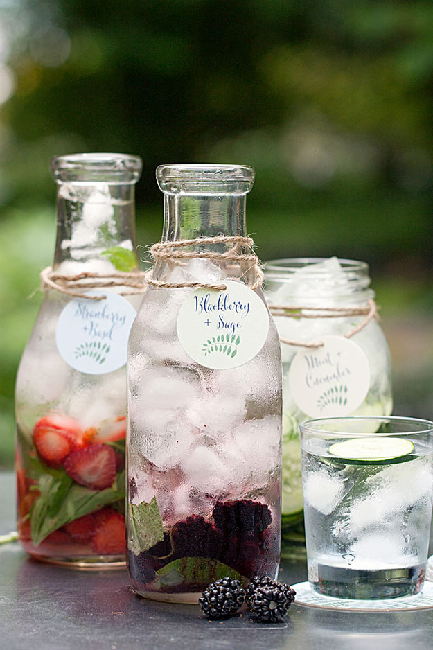 31 Detox Water Recipes for Drinks To Cleanse Skin and Body. Easy to Make Waters and Tea Promote Health, Diet and Support Weight loss | Blackberry and Sage Detox Water Recipe- Drink Recipe #detox #recipes #detoxwater #healthy