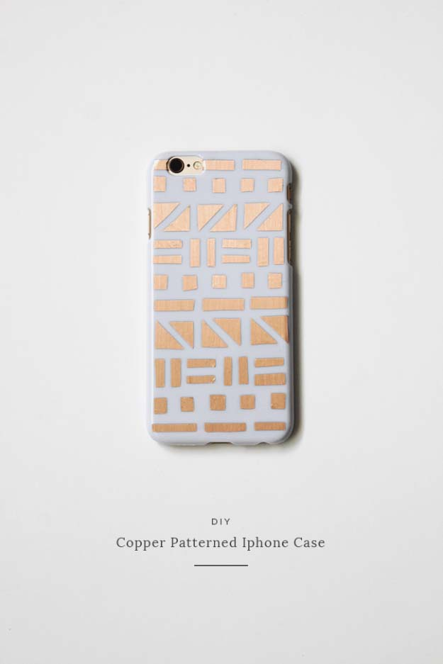 DIY Christmas Gifts that Make Cute Stocking Stuffer Ideas | Homemade iphone Case Ideas | DIY Project Tutorial for Copper Patterned iPhone Case