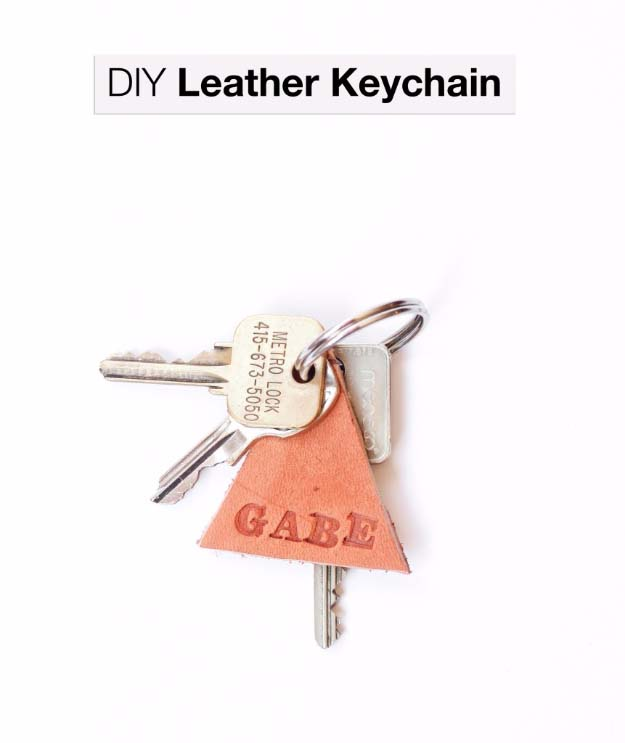 Cool DIY Stocking Stuffer Ideas for Kids, Adults and Teens | Easy DIY Crafts Ideas for Christmas Gifts | Awesome DIY Leather Keychain