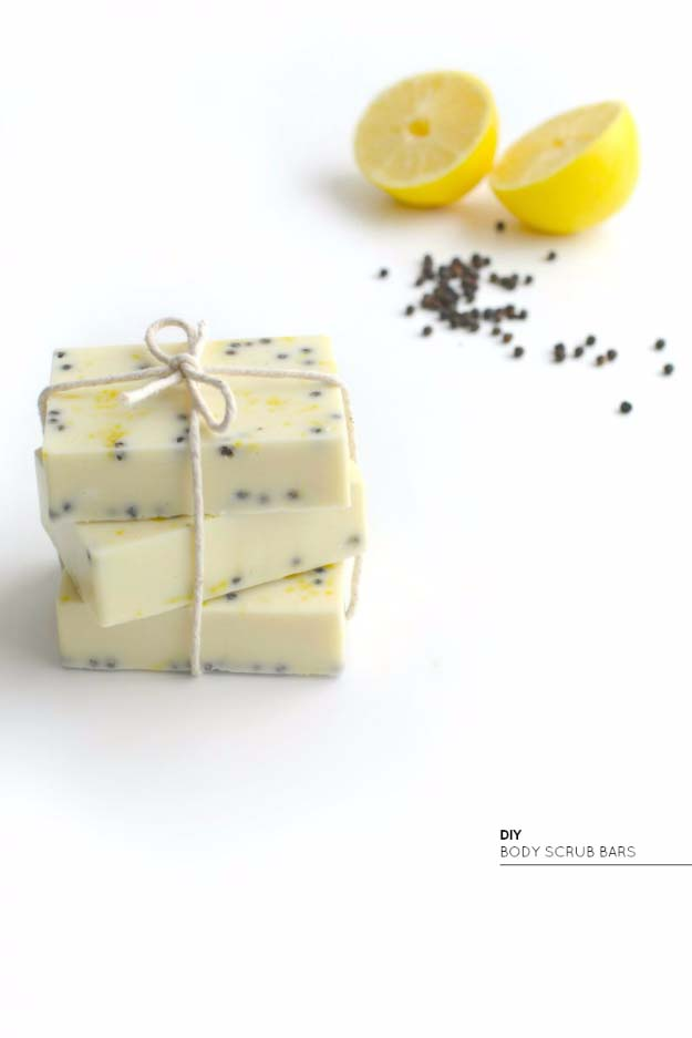 Fun Homemade Gifts for Friends | Cute DIY Stocking Stuffers for Christmas | Easy DIY Crafts Ideas | DIY Lemon and Peppercorn Body Scrub Bars http://diyjoy.com/cute-diy-stocking-stuffer-ideas