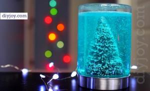 Easy Mason Jar Snow Globe