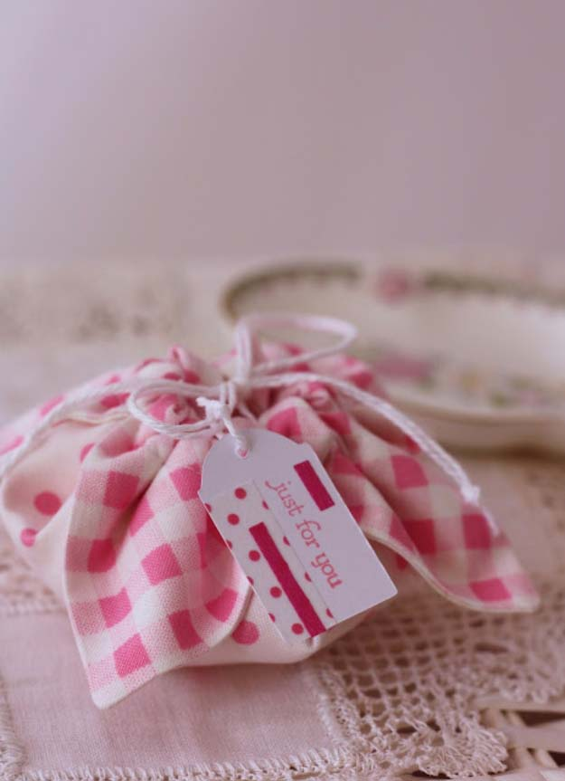 DIY Gift Wrapping Ideas - How To Wrap A Present - Tutorials, Cool Ideas and Instructions | Cute Gift Wrap Ideas for Christmas, Birthdays and Holidays | Tips for Bows and Creative Wrapping Papers | Fabric Gift Pouch #gifts #diys