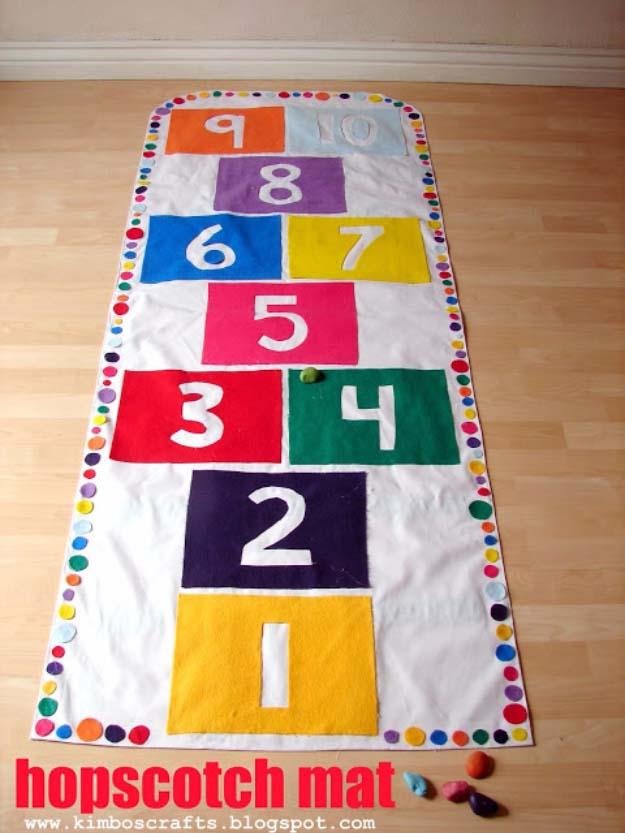 DIY Christmas Gifts for Kids - Homemade Christmas Presents for Children and Christmas Crafts for Kids   Toys, Dress Up Clothes, Dolls and Fun Games   Step by Step tutorials and instructions for cool gifts to make for boys and girls   Hopscotch Mat