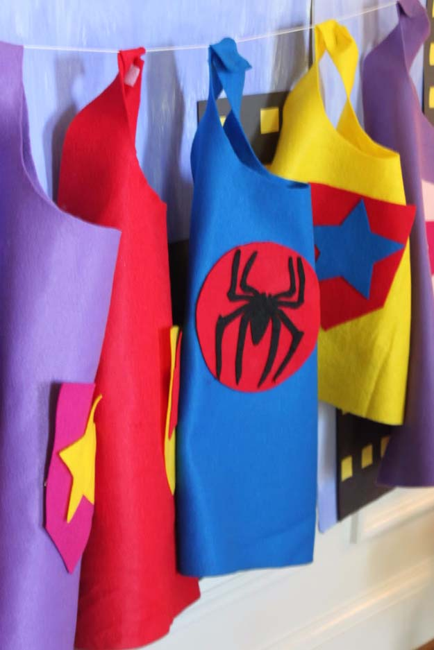 DIY Christmas Gifts for Kids - Homemade Christmas Presents for Children and Christmas Crafts for Kids   Toys, Dress Up Clothes, Dolls and Fun Games   Step by Step tutorials and instructions for cool gifts to make for boys and girls   No Sew Super Hero Capes