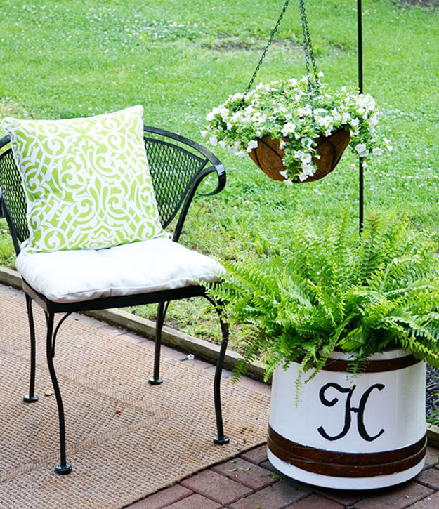 DIY Furniture Store KnockOffs - Do It Yourself Furniture Projects Inspired by Pottery Barn, Restoration Hardware, West Elm. Tutorials and Step by Step Instructions | Ballard Designs Knock-Off Planter #diyfurniture #diyhomedecor #copycats