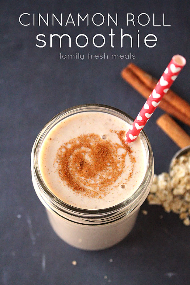 Healthy smoothie recipes and easy ideas perfect for breakfast, energy. Low calorie and high protein recipes for weightloss and to lose weight. Simple homemade recipe ideas that kids love. | Cinammon Roll Smoothie #smoothies #recipess