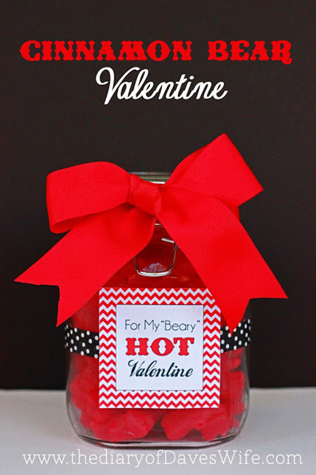 Mason Jar Valentine Gifts and Crafts   DIY Ideas for Valentines Day for Cute Gift Giving and Decor   Cinnamon Bear Valentine Gift   #valentines