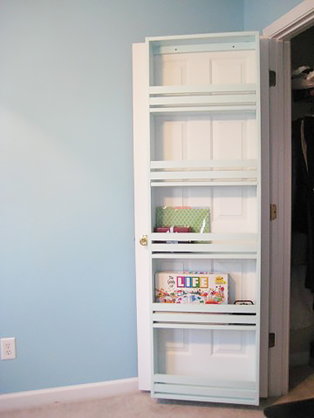DIY Closet Organization Ideas for Messy Closets and Small Spaces. Organizing Hacks and Homemade Shelving And Storage Tips for Garage, Pantry, Bedroom., Clothes and Kitchen | Closet Door Shelf #organizing #closets #organizingideas