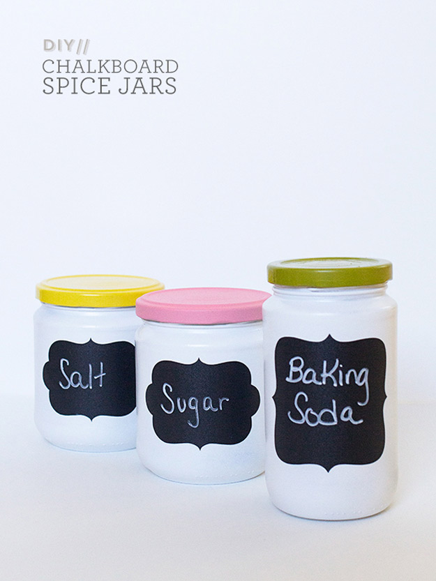 DIY Furniture Store KnockOffs - Do It Yourself Furniture Projects Inspired by Pottery Barn, Restoration Hardware, West Elm. Tutorials and Step by Step Instructions | DIY Anthropologie Chalkboard Spice Jars #diyfurniture #diyhomedecor #copycats