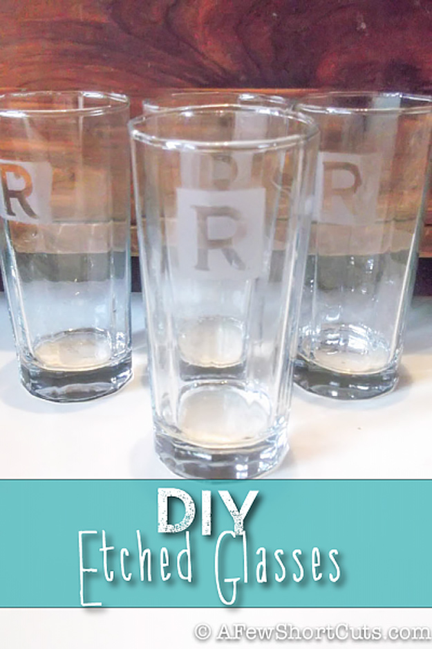 76 Crafts To Make and Sell - Easy DIY Ideas for Cheap Things To Sell on Etsy, Online and for Craft Fairs. Make Money with These Homemade Crafts for Teens, Kids, Christmas, Summer, Mother's Day Gifts.   DIY Etched Glass #crafts #diy