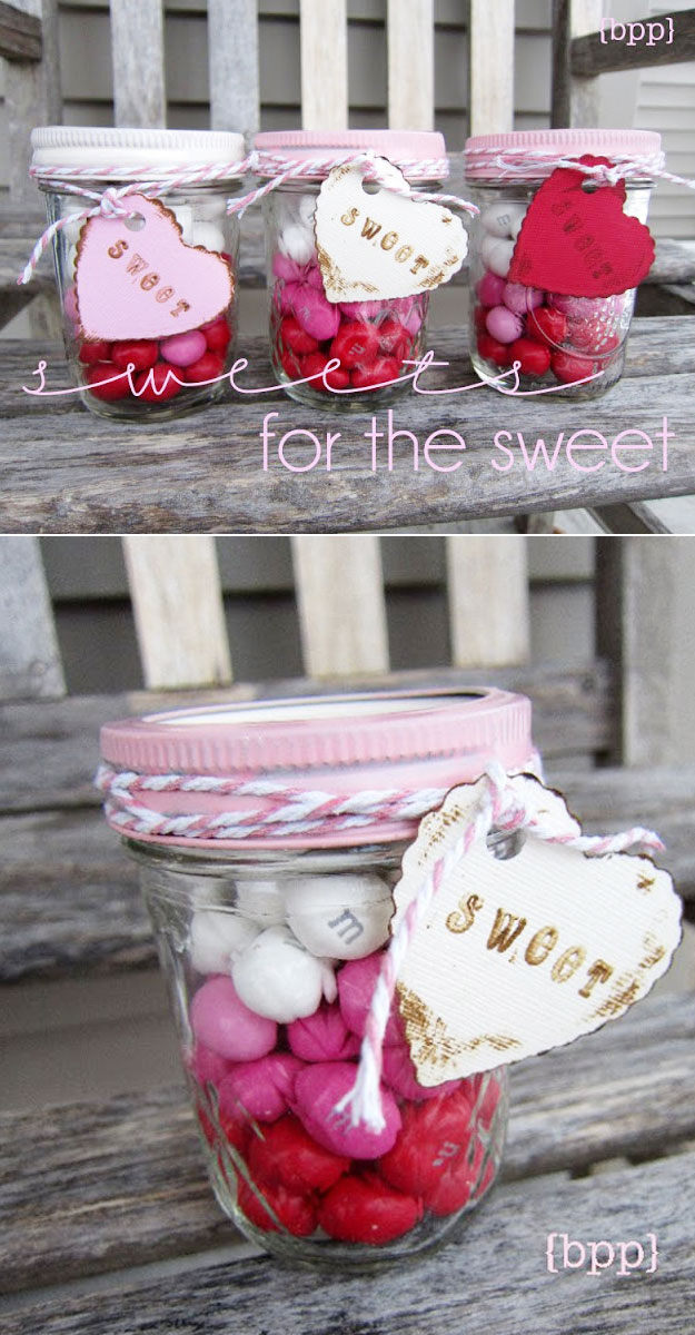 Mason Jar Valentine Gifts and Crafts   DIY Ideas for Valentines Day for Cute Gift Giving and Decor   Layered Candy Mason Jars   #valentines