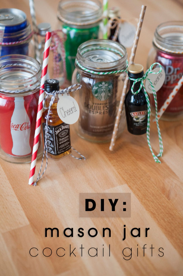 Mason Jar Valentine Gifts and Crafts   DIY Ideas for Valentines Day for Cute Gift Giving and Decor   Mason Jar Cocktail Gifts for Valentines   #valentines
