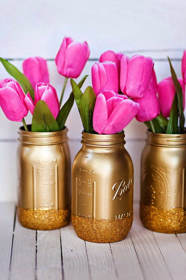 Mason Jar Valentine Gifts and Crafts   DIY Ideas for Valentines Day for Cute Gift Giving and Decor   Mason Jar Golden Vases for Valentines   #valentines