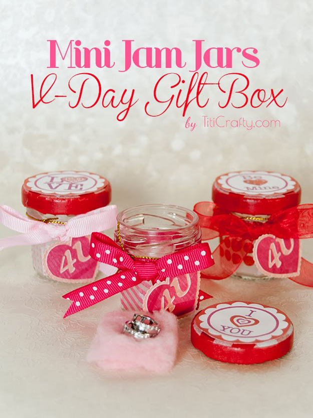 Mason Jar Valentine Gifts and Crafts | DIY Ideas for Valentines Day for Cute Gift Giving and Decor | Mini Jam Valentine Jars | #valentines