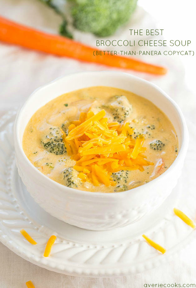 Copycat Recipes From Top Restaurants. Best Recipe Knockoffs from Chipotle, Starbucks, Olive Garden, Cinabbon, Cracker Barrel, Taco Bell, Cheesecake Factory, KFC, Mc Donalds, Red Lobster, Panda Express | Panera Bread's Broccoli Cheddar Soup | #recipes #copycatrecipes