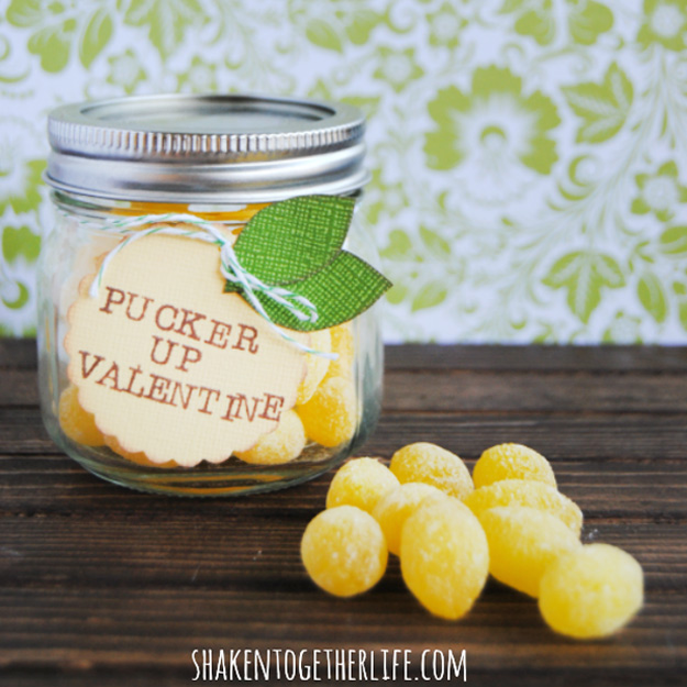 Mason Jar Valentine Gifts and Crafts   DIY Ideas for Valentines Day for Cute Gift Giving and Decor   Pucker Up Lemon Drop Mason Jar Gift for Valentines   #valentines