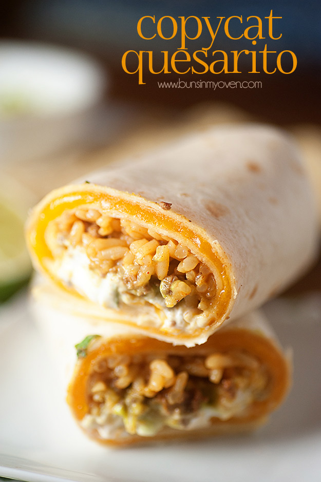 Copycat Recipes From Top Restaurants. Best Recipe Knockoffs from Chipotle, Starbucks, Olive Garden, Cinabbon, Cracker Barrel, Taco Bell, Cheesecake Factory, KFC, Mc Donalds, Red Lobster, Panda Express | Taco Bell's Copycat Quesarito #recipes #copycatrecipes