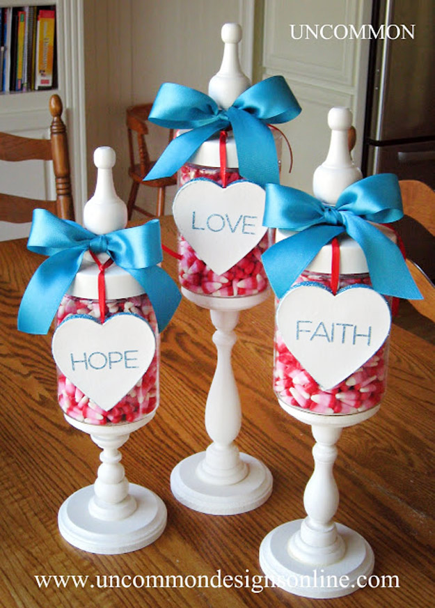 Mason Jar Valentine Gifts and Crafts | DIY Ideas for Valentines Day for Cute Gift Giving and Decor | Valentine Apothecary Jars | #valentines