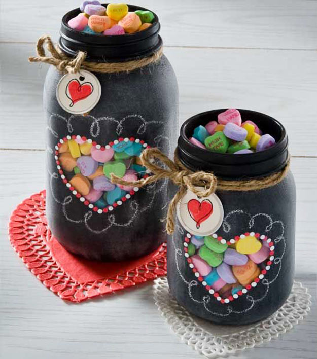 Mason Jar Valentine Gifts and Crafts | DIY Ideas for Valentines Day for Cute Gift Giving and Decor | Valentine Chalkboard Mason Jar | #valentines