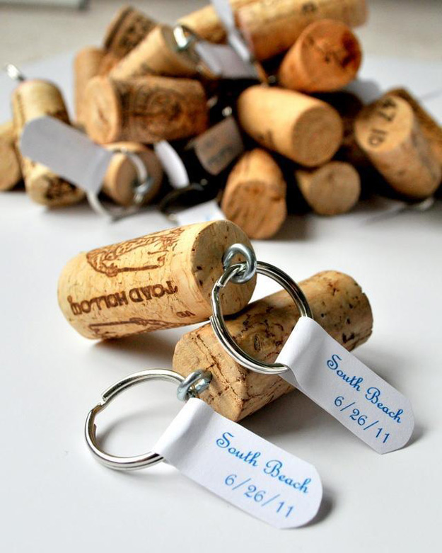 76 Crafts To Make and Sell - Easy DIY Ideas for Cheap Things To Sell on Etsy, Online and for Craft Fairs. Make Money with These Homemade Crafts for Teens, Kids, Christmas, Summer, Mother's Day Gifts.   Wine Cork Keychains #crafts #diy