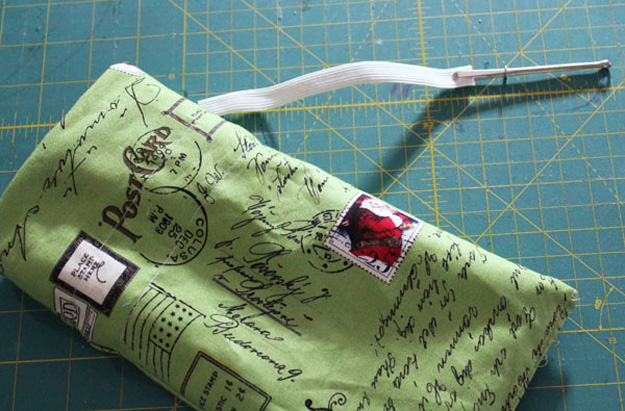 Sewing Hacks   Best Tips and Tricks for Sewing Patterns, Projects, Machines, Hand Sewn Items. Clever Ideas for Beginners and Even Experts   Use a Bodkin to Easily Insert Elastic Into a Casing