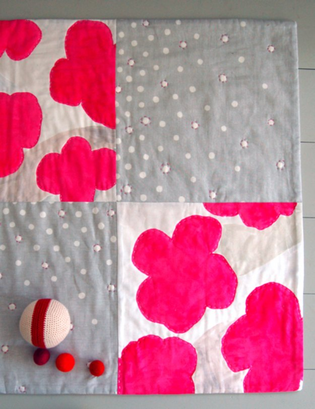 DIY Baby Gifts - Cheerful Quilted Playmat - Homemade Baby Shower Presents and Creative, Cheap Gift Ideas for Boys and Girls - Unique Gifts for the Mom and Dad to Be - Blankets, Baskets, Burp Cloths and Easy No Sew Projects #diybaby #babygifts #babyshower