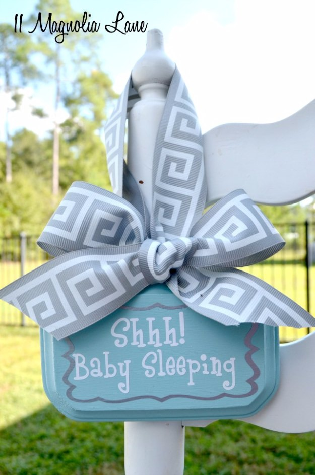DIY Baby Gifts - DIY Baby Sleeping Door Hanging Sign - Homemade Baby Shower Presents and Creative, Cheap Gift Ideas for Boys and Girls - Unique Gifts for the Mom and Dad to Be - Blankets, Baskets, Burp Cloths and Easy No Sew Projects #diybaby #babygifts #babyshower