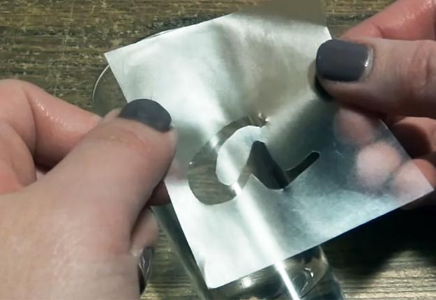 DIY-Glass-Etched-Shot-Glasses-step-3